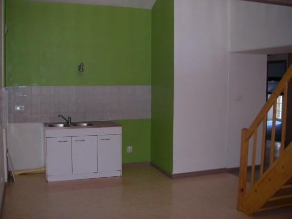 Location appartement Poncin 595€ CC - Photo 2