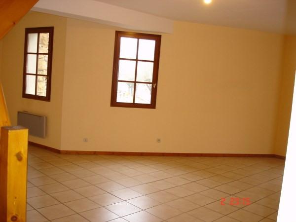 Rental apartment Cremieu 651€ CC - Picture 3