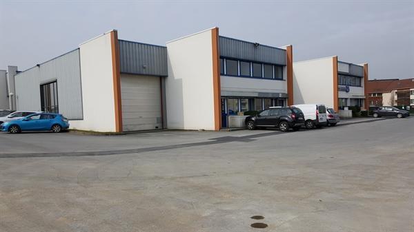 Location Local d'activités / Entrepôt Mareuil-lès-Meaux 0
