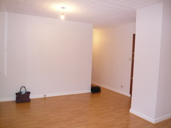Location appartement Pont de cheruy 442€ CC - Photo 1