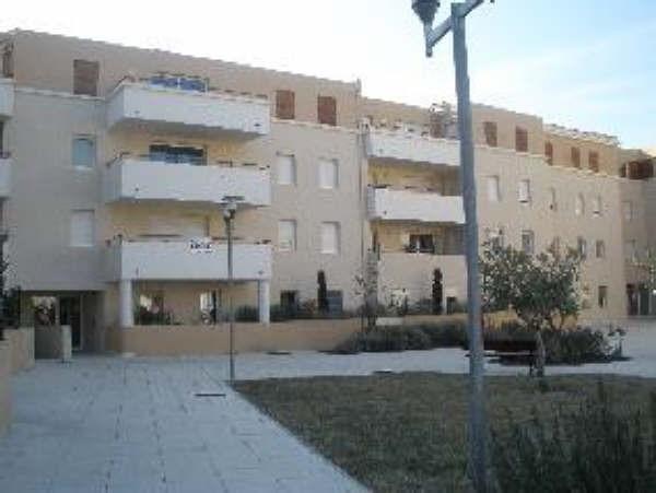 Location appartement Pelissanne 695€ CC - Photo 2