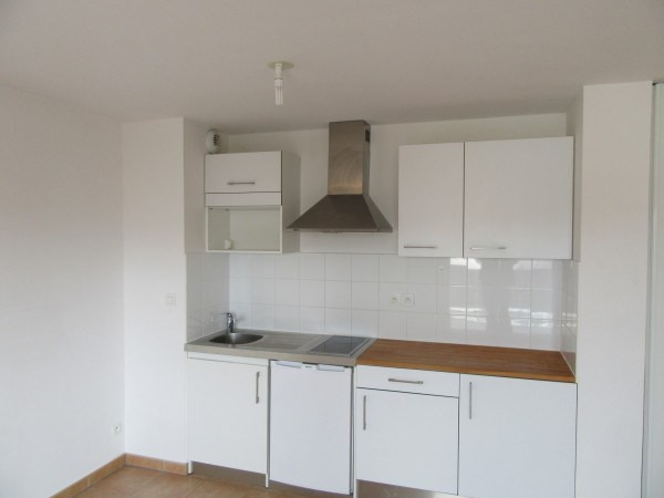 Rental apartment Toulouse 641€ CC - Picture 2