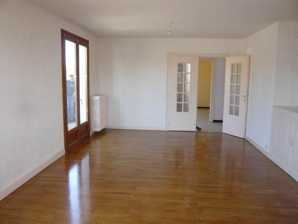 Rental house / villa La verpilliere 995€ CC - Picture 3