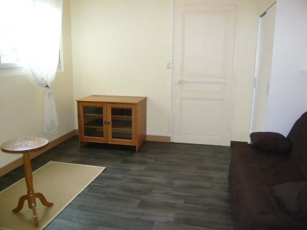 Rental apartment Morestel 425€ CC - Picture 5