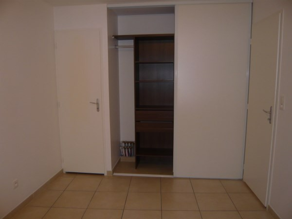 Rental apartment Creys mepieu 470€ CC - Picture 4