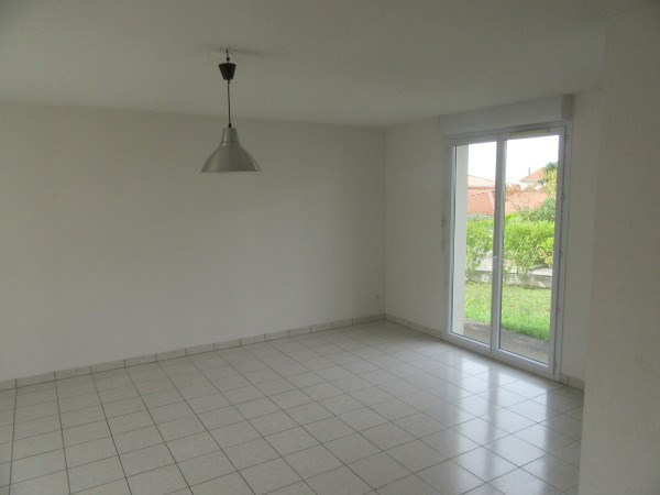 Location maison / villa L'union 1 137€ CC - Photo 5