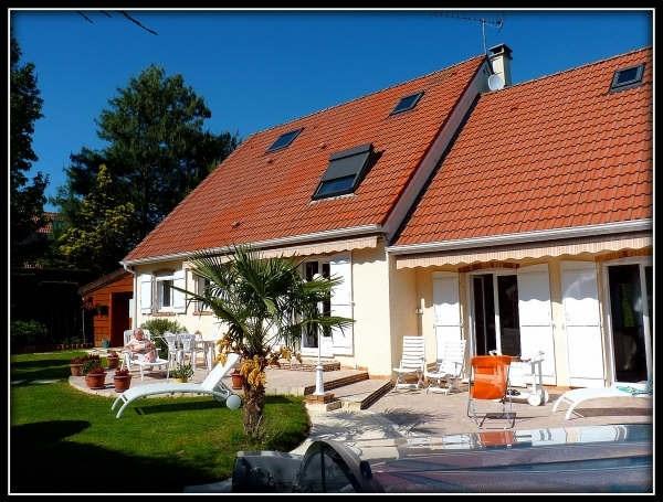 Sale house / villa Lesigny 599000€ - Picture 1