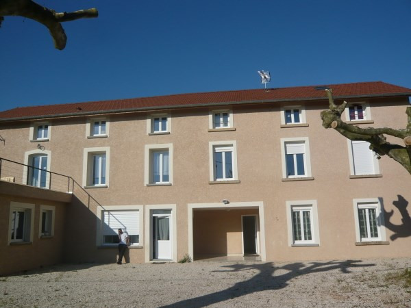 Rental apartment Villemoirieu 445€ CC - Picture 1