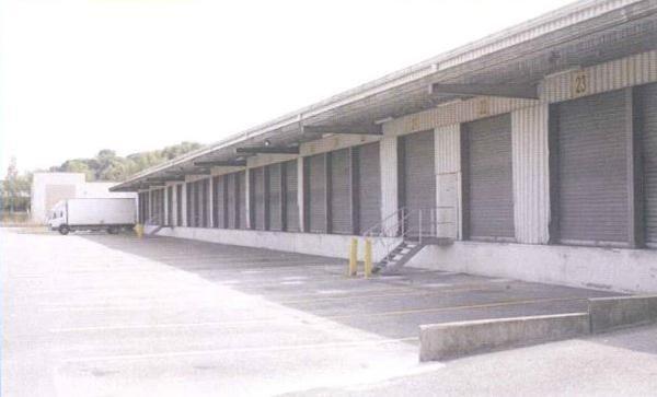 Location Local d'activités / Entrepôt Forges-les-Bains 0