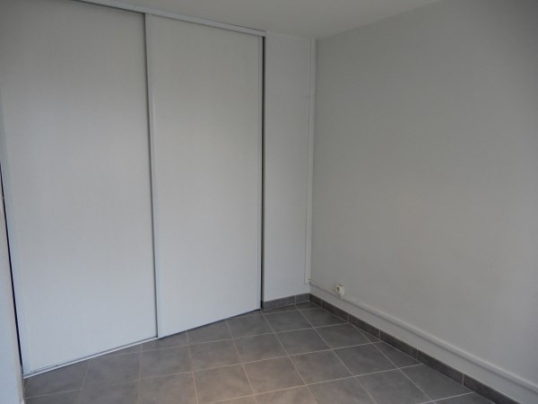 Rental apartment Villeurbanne 520€ CC - Picture 5