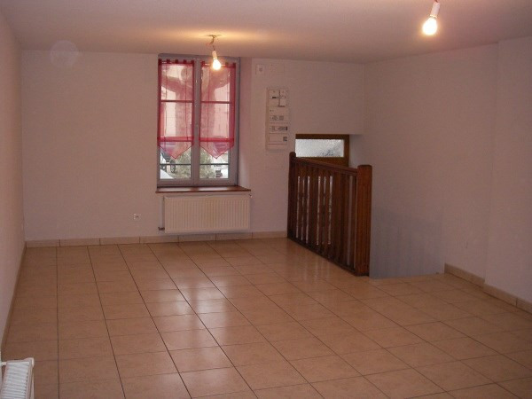 Rental apartment Jujurieux 400€ CC - Picture 3