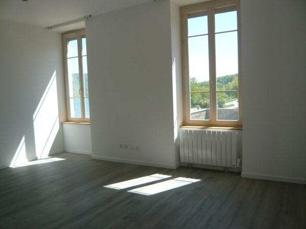 Rental apartment Porcieu amblagnieu 495€ CC - Picture 2