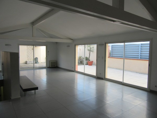 Rental apartment Toulouse 1 550€ CC - Picture 1