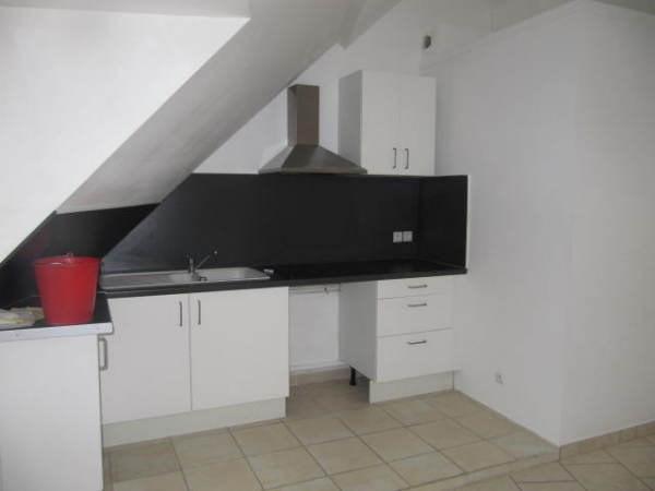 Rental apartment Chamarande 595€ CC - Picture 2