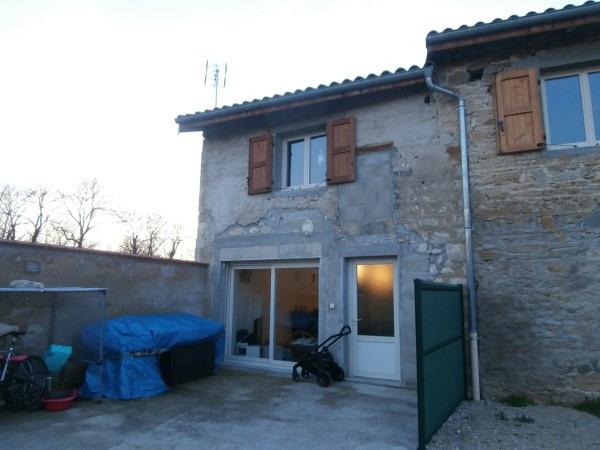 Location maison / villa Saint jean le vieux 640€ CC - Photo 2