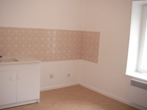 Rental apartment Montalieu vercieu 465€ CC - Picture 3