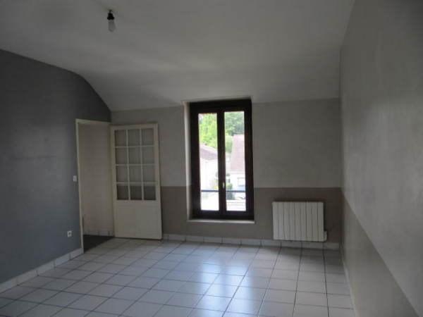 Location appartement Janville sur juine 645€ CC - Photo 4