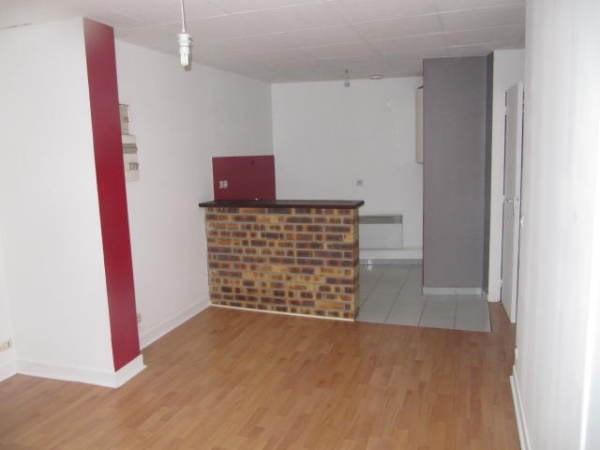 Rental apartment Janville sur juine 550€ CC - Picture 2