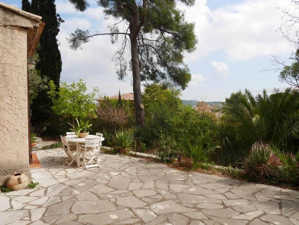 Sale house / villa Toulon 550000€ - Picture 1