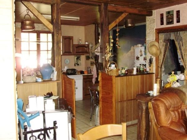 Sale house / villa Loulay 149800€ - Picture 4