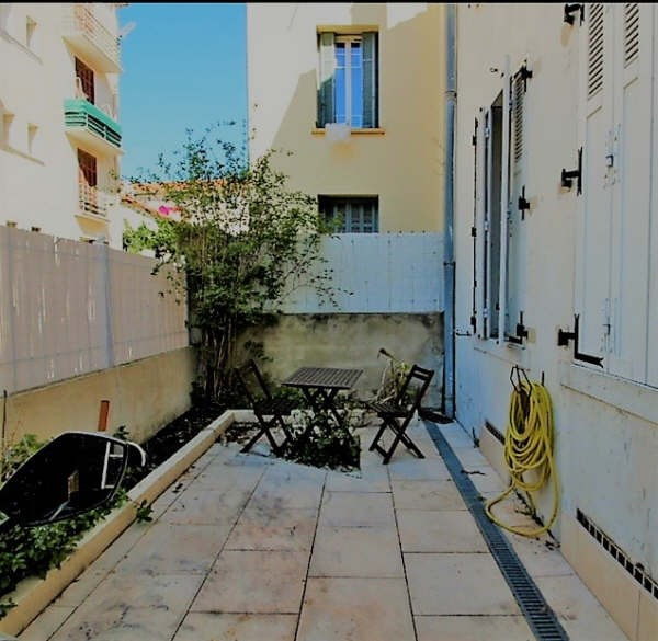 Sale apartment Toulon 199 000€ - Picture 1
