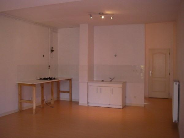 Rental apartment St jean le vieux 533€ CC - Picture 2