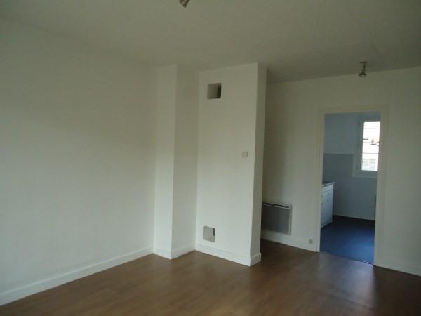 Rental apartment Pont de cheruy 595€ CC - Picture 1