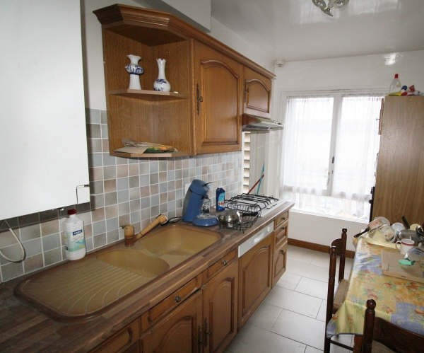 Sale apartment Maurepas 170000€ - Picture 2
