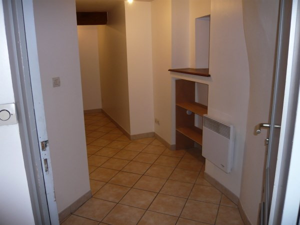 Location appartement Cremieu 605€ CC - Photo 5