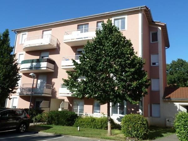 Rental apartment Pont de cheruy 690€ CC - Picture 1