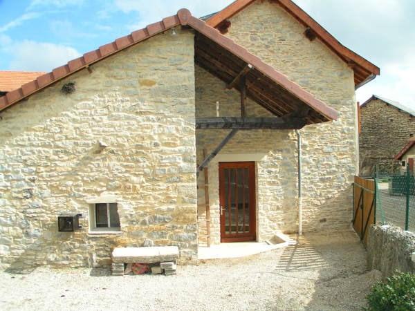 Location maison / villa Trept 700€ CC - Photo 1