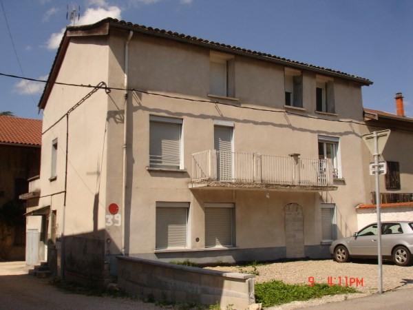 Rental apartment Nivolas vermelle 565€ CC - Picture 1