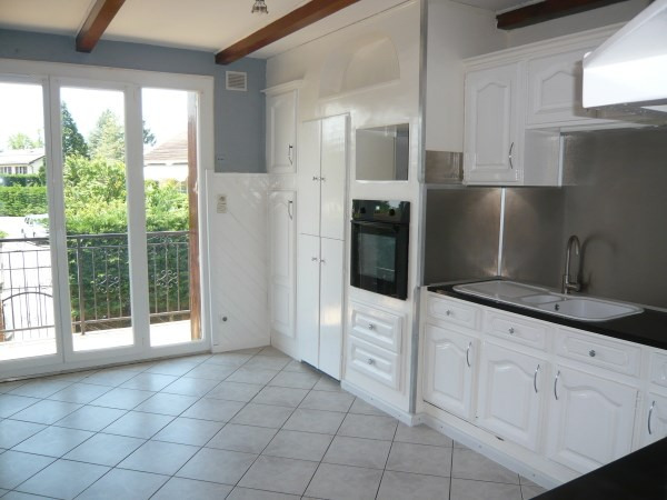 Rental apartment Chavanoz 885€ CC - Picture 3