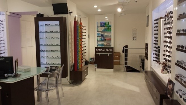 Location Boutique Paris 8ème 0