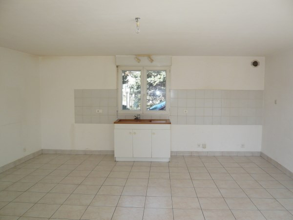 Rental apartment Optevoz 565€ CC - Picture 2