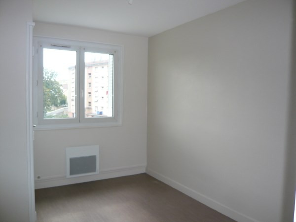 Location appartement Pont de cheruy 595€ CC - Photo 5