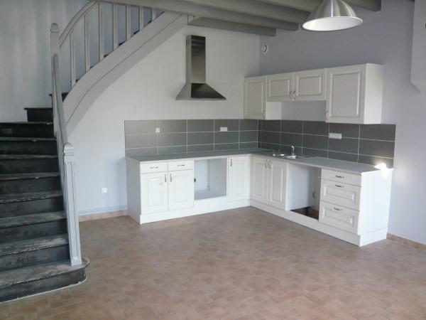 Rental house / villa Siccieu saint julien 825€ CC - Picture 2