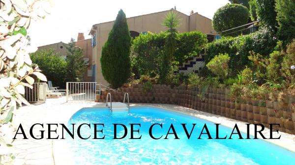 Villa T 6 sur Cavalaire avec aperçu mer