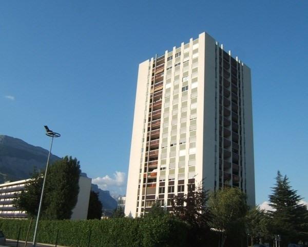 Location appartement La tronche 399€ CC - Photo 1