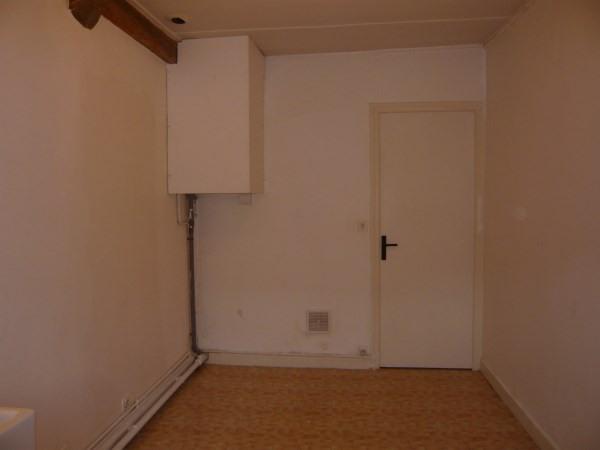 Rental apartment Cremieu 335€ CC - Picture 5