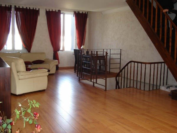 Rental apartment Angouleme 564€ CC - Picture 2