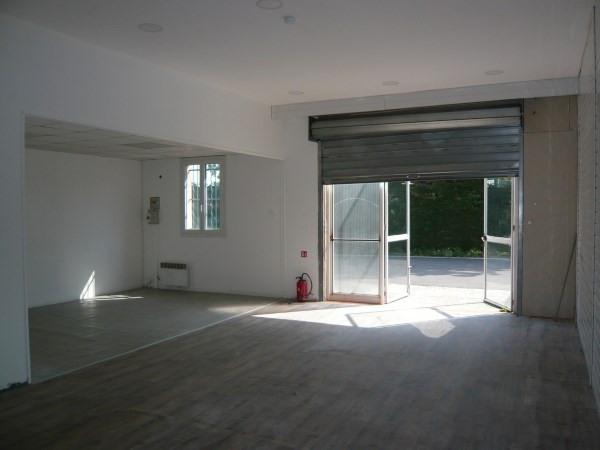 Rental empty room/storage Saint romain de jalionas 415€ CC - Picture 4