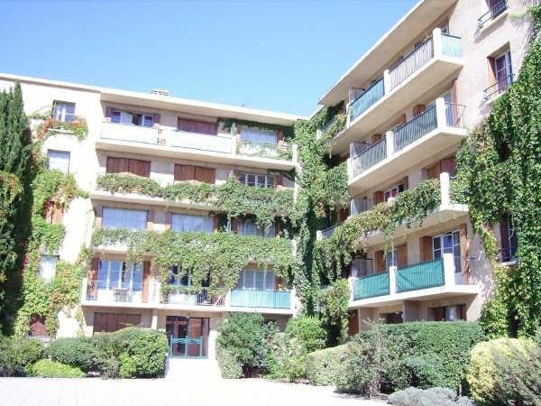 Rental apartment Aix en provence 578€ CC - Picture 1