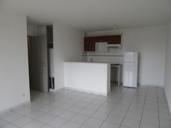 Location appartement Toulouse 638€ CC - Photo 2