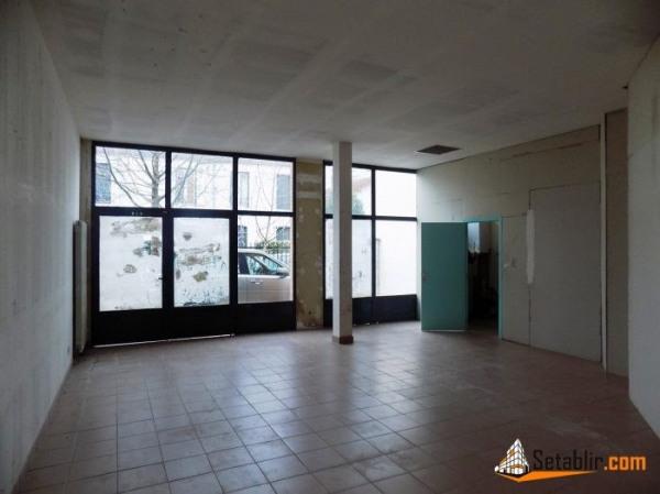 Location Local d'activités / Entrepôt Choisy-le-Roi 0