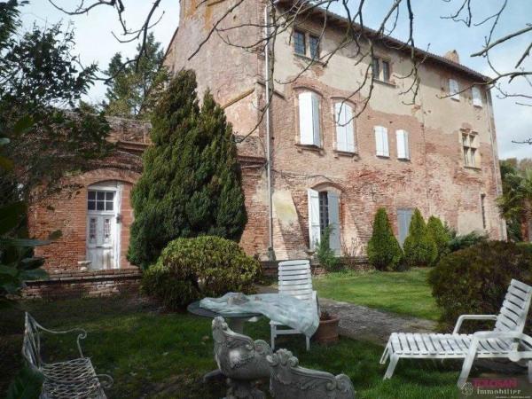 Rare – demeure de pastelier dans ancienne bastide lauragaise -