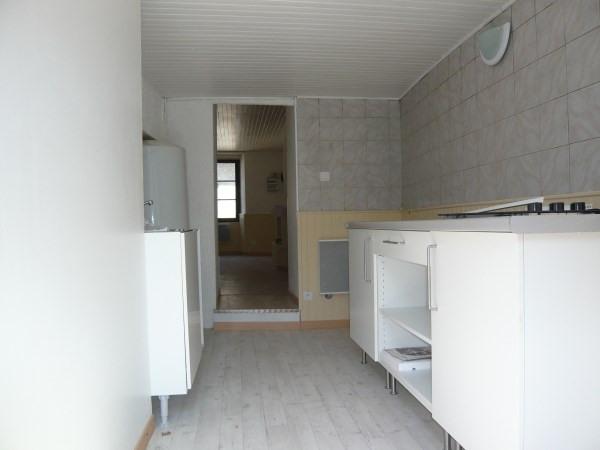 Location appartement Cremieu 365€ CC - Photo 4