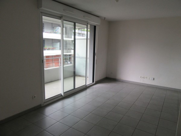 Location appartement Toulouse 691€ CC - Photo 3