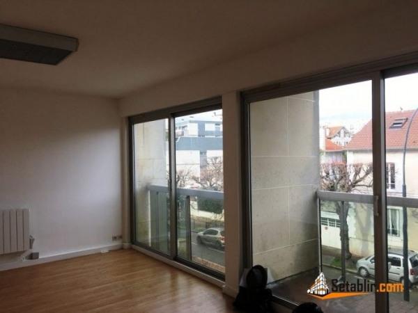 location bureau saint maur des foss s 94100 saint maur des foss s de 95 m ref lp202. Black Bedroom Furniture Sets. Home Design Ideas