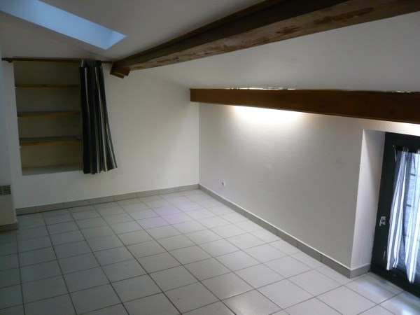 Location appartement Montluel 335€ CC - Photo 3
